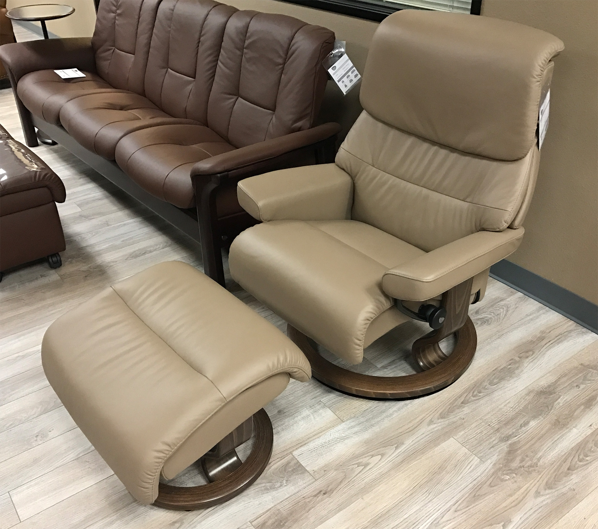 Stresless Stressless Capri Paloma Funghi Leather Recliner Chair And Ottoman By Ekornes