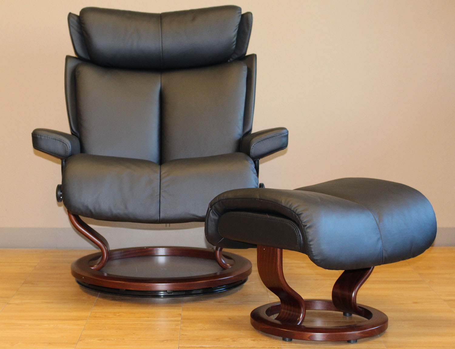 Ekornes Stressless Stressless Magic Paloma Black Leather Recliner Chair And Ottoman By Ekornes