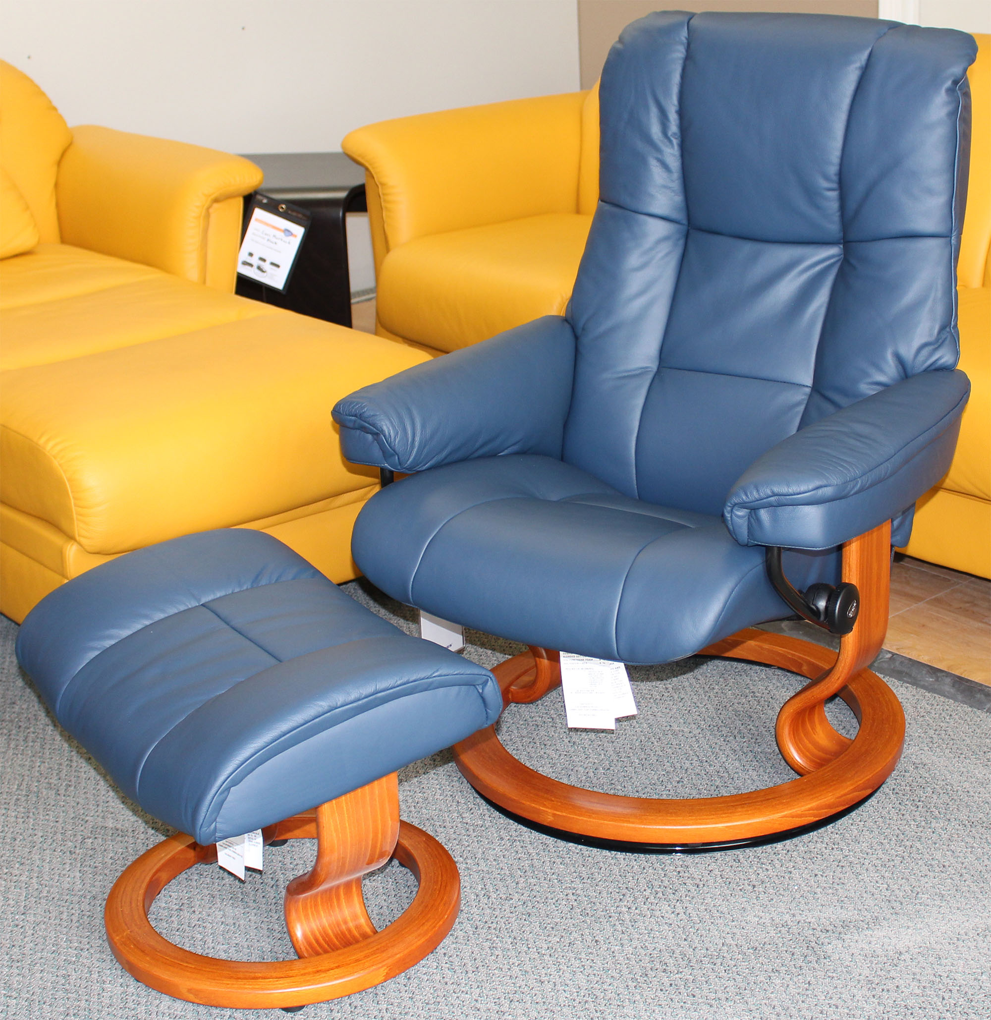 Ekornes Stressless Stressless Mayfair Paloma Oxford Blue Leather Recliner Chair And Ottoman By Ekornes