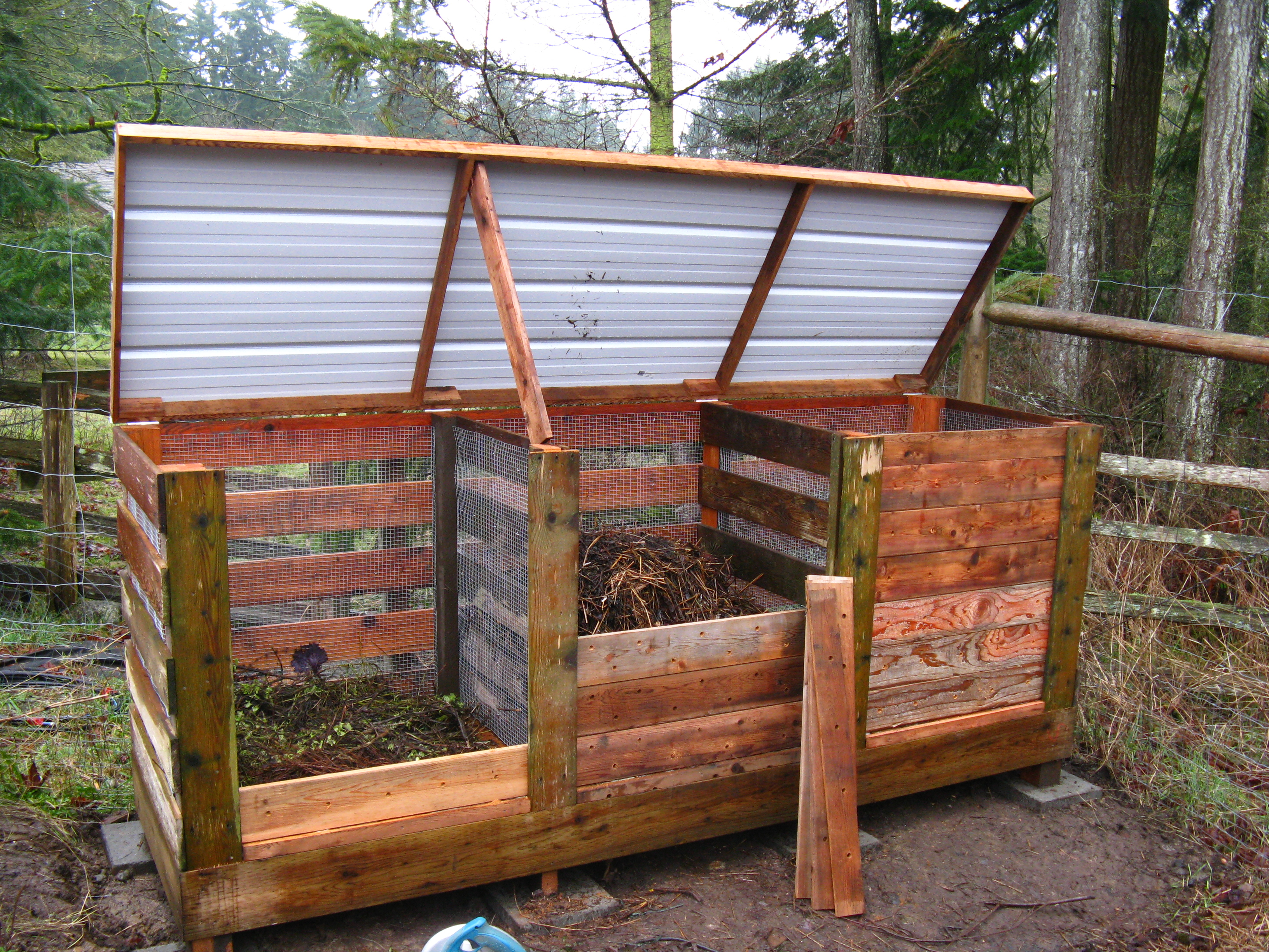 Composteur Terrasse How To Build The Ultimate Compost Bin Backyard Feast