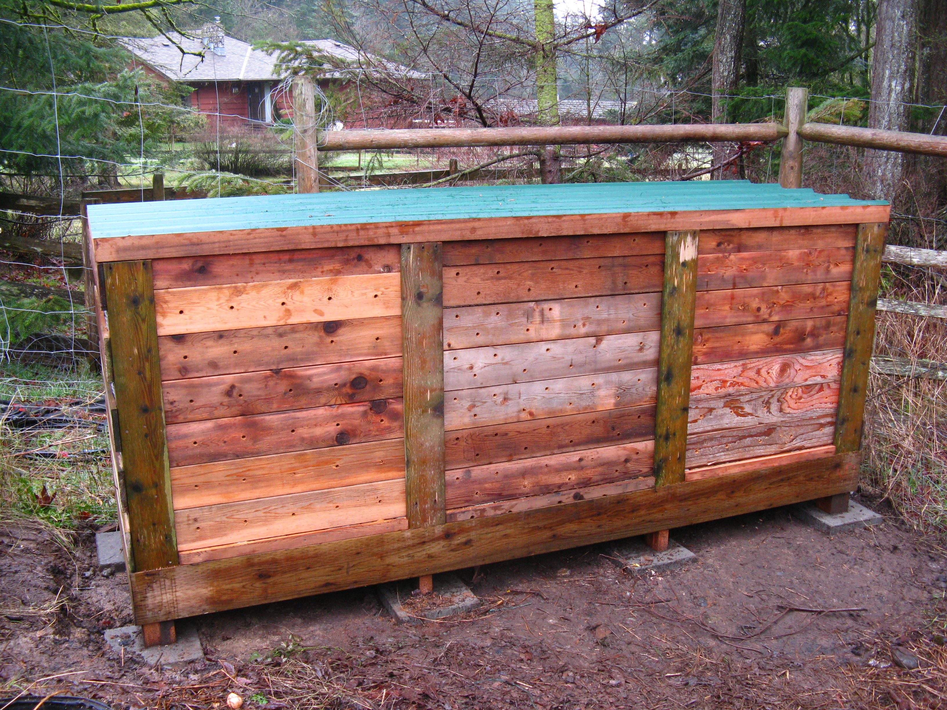 Diy Compost Bin Plans How To Build The Ultimate Compost Bin Backyard Feast