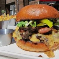3 Great Burgers on Earls Summer Menu