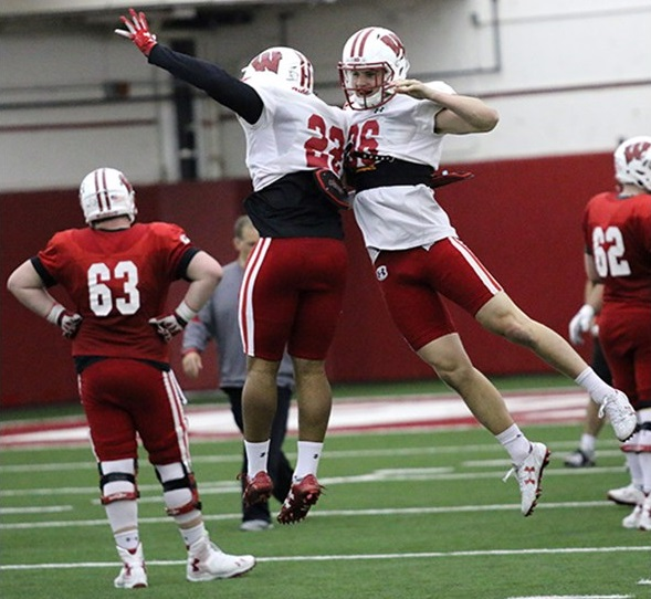 Football Safety Patrick Johnson leaves program · The Badger Herald