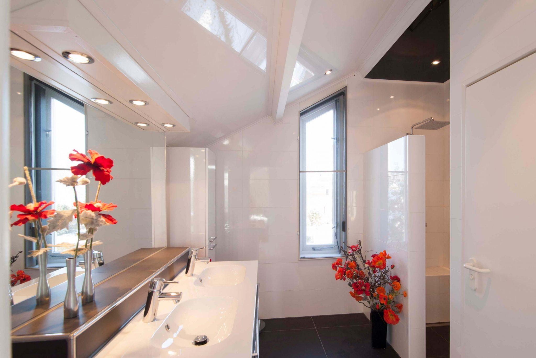 Badkamer Low Budget : Nieuwe badkamer low budget badkamers hengelo badmeesters