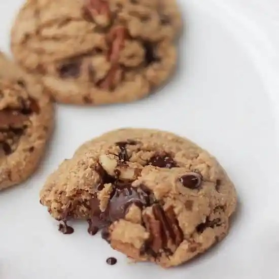 Dark Chocolate and Toasted Pecan Cookies with Browned ...