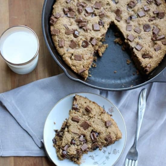 peanut-butter-chocolate-chip-cookie-square
