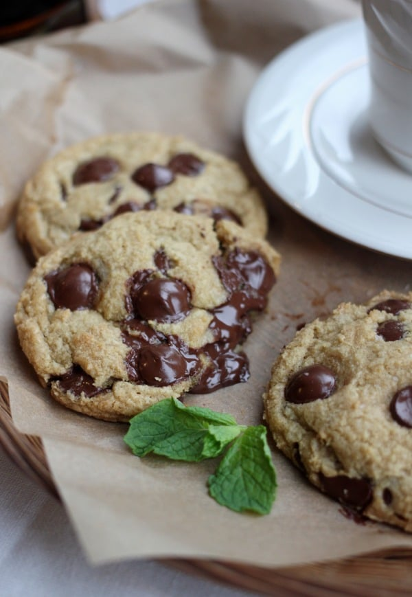 fresh-mint-chip-cookies-2