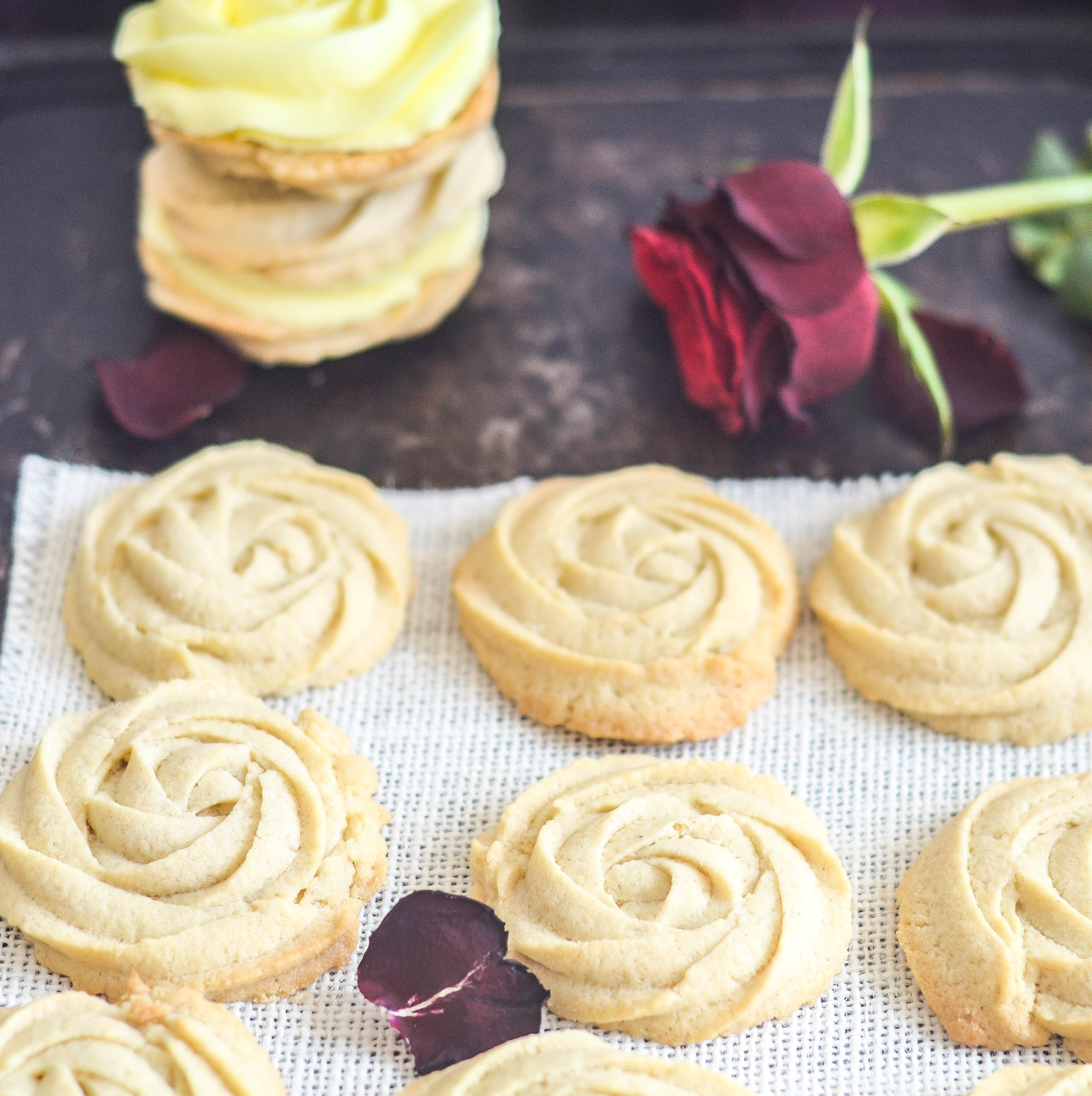 Sparkling Vanilla Sandwich Cookie Recipes — Dishmaps