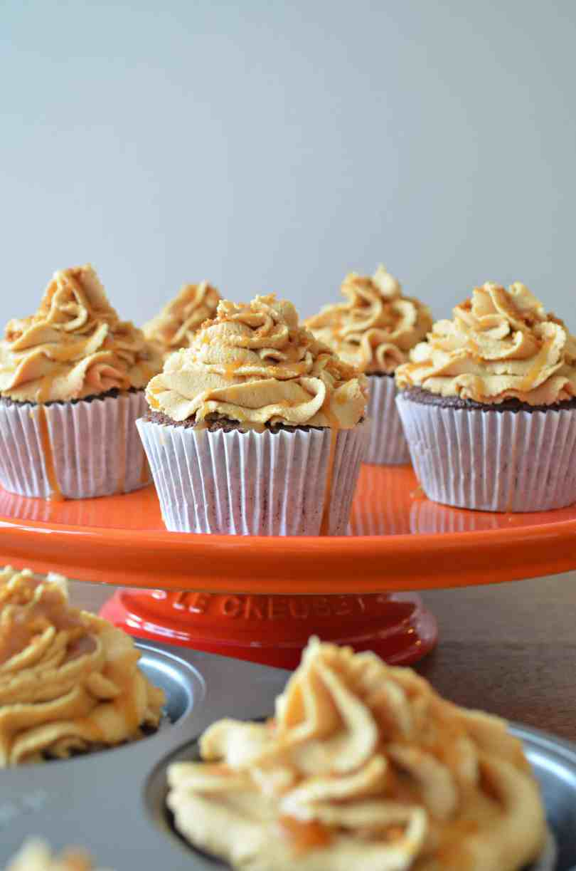 Chocolate-and-biscoff-cupcakes