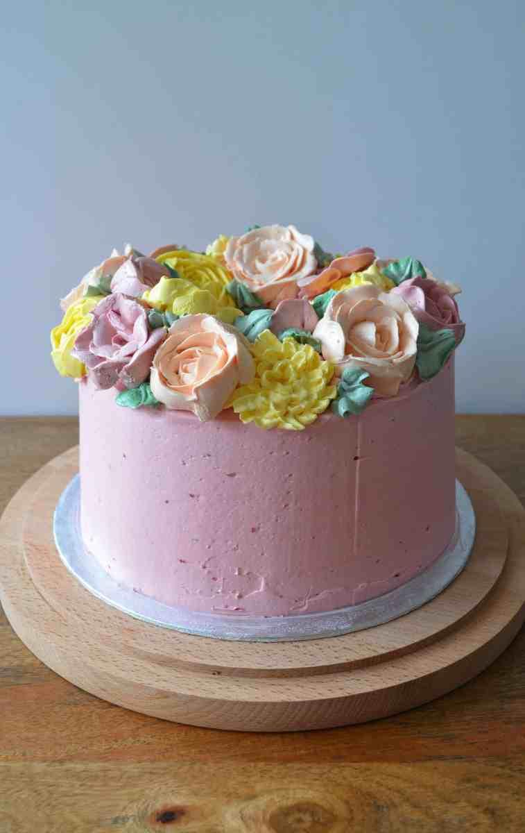Buttercream Flower Wreath Layer Cake