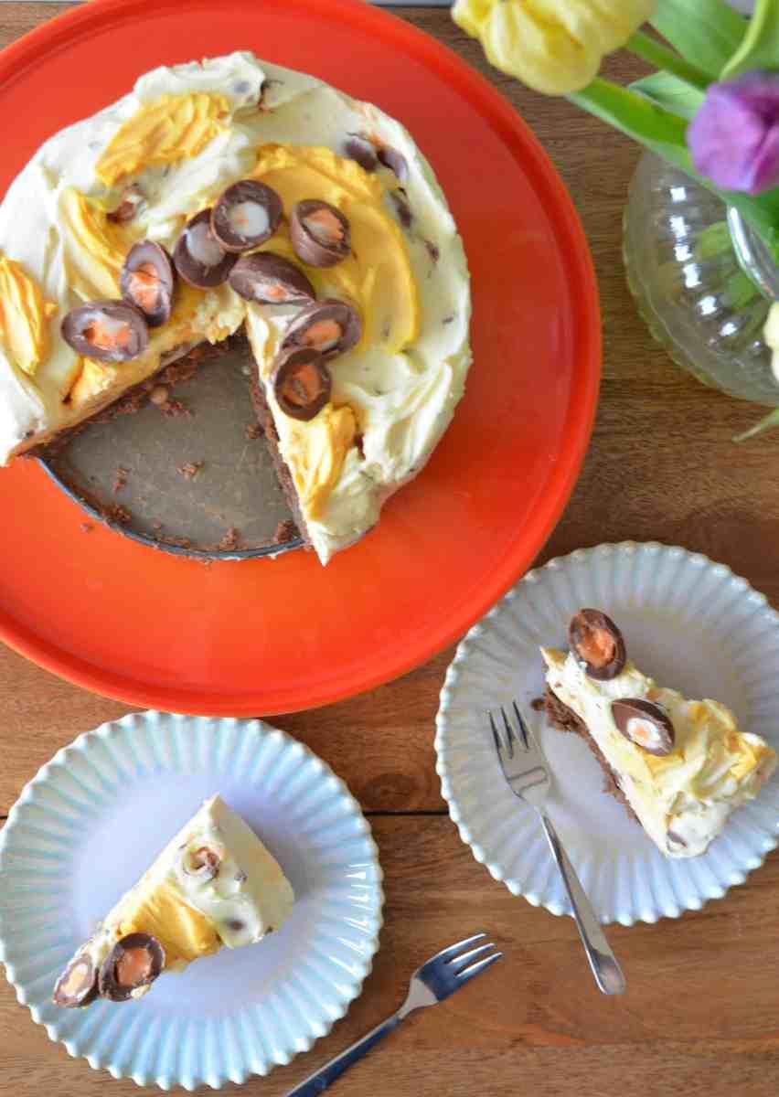 No-Bake Creme Egg Cheesecake