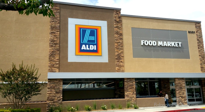 Simplified, Healthy, Organic Grocery Shopping at ALDI | #TasteOfALDI #ad #IC