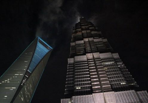 skyscrapers-1282325_1920