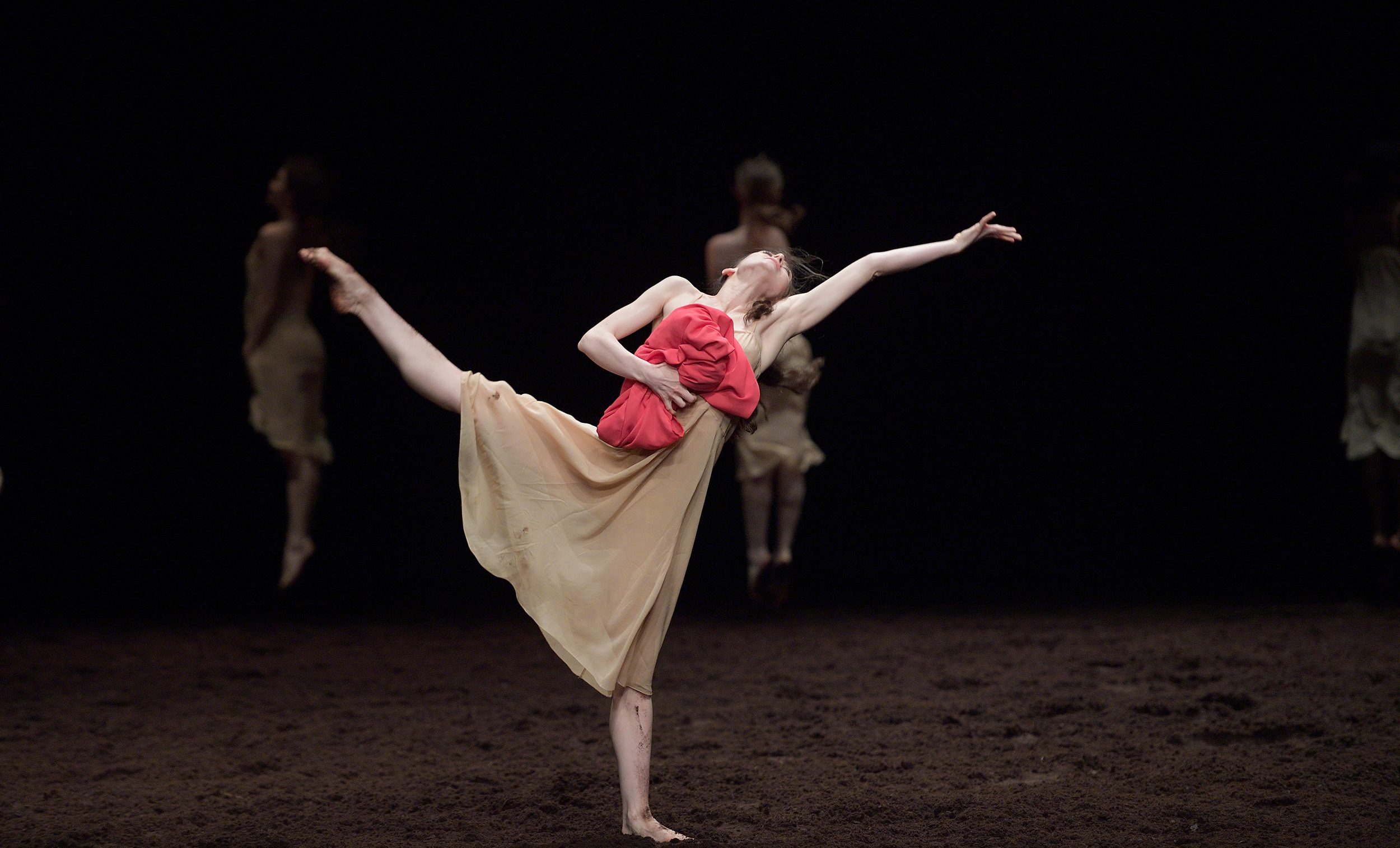 Le Sacre Du Printemps Bausch Forsythe Van Manen English National Ballet