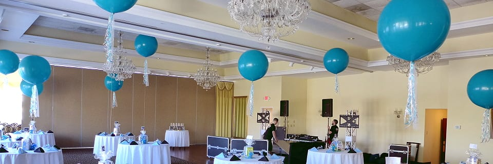 Sweet 16 with large balloons at Jack Bakers