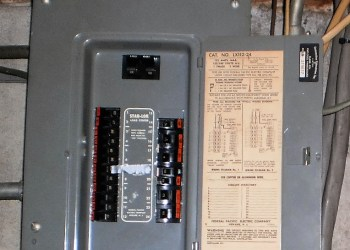 Federal Pacific Electtric Stab-Lok Panel