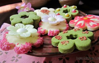 Sakura_shortbread_cookies