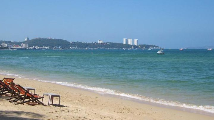 Pattaya Beach. Photo credit: asdf