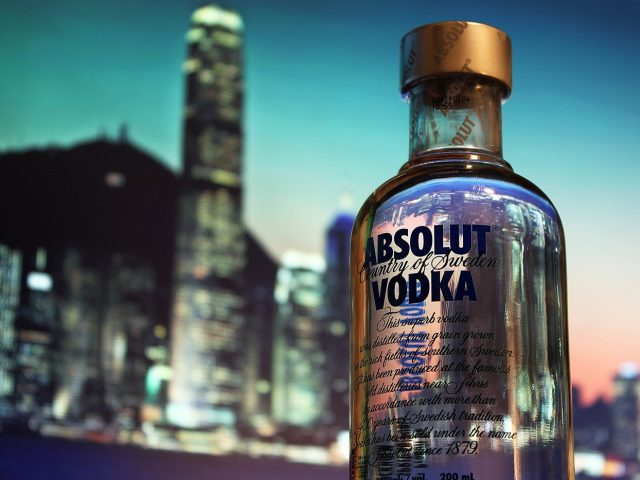Absolut Vodka – Absolut reiner Branntwein