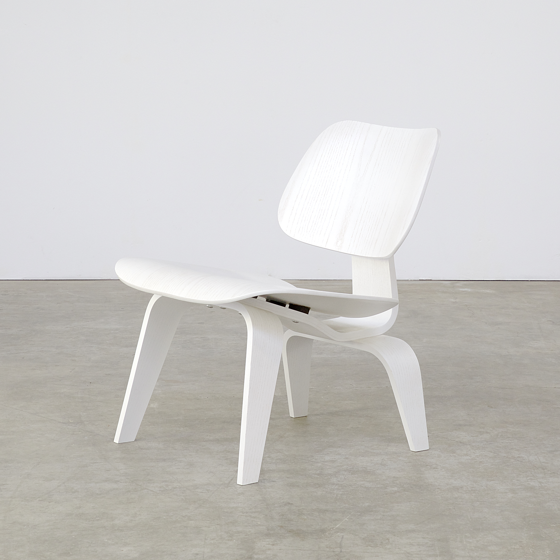Vitra Chair Eames Eames Lounge Chair Wood Lcw White Limited Edition For Vitra