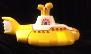 submarino amarillo, cincuenta años, revolver, santi carulla, mustang