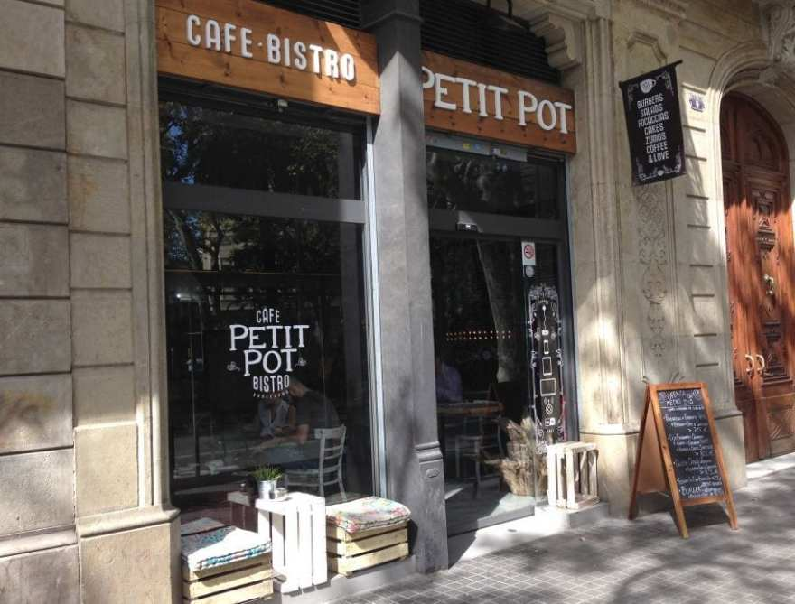 petit pot bistro brunch barcelona