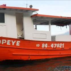 barco-em-sao-sebastiao-sp