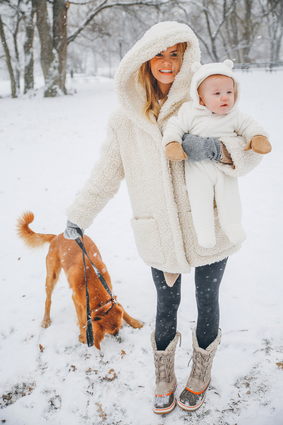 Cute Romantic Babies Wallpapers First Real Snow Barefoot Blonde By Amber Fillerup Clark