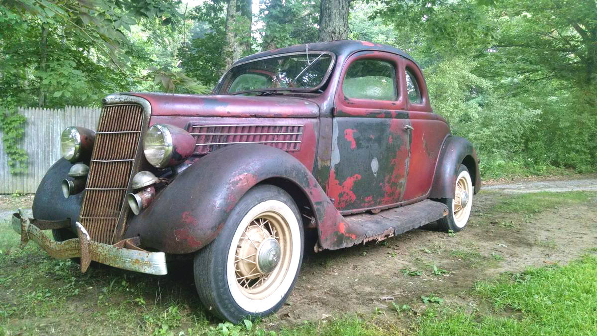 Coupe Ford Rusty Driver 1935 Ford 5 Window Coupe