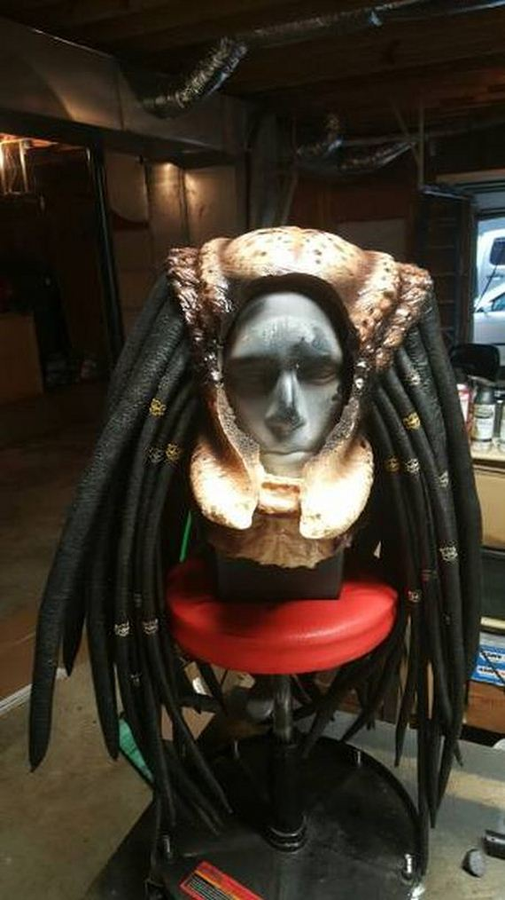 Car Player Cosplayer Creates Predator Costume That Looks Just Like