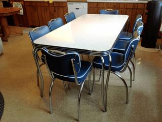 Kowalski Retro Table Chairs 195039s Cottage Kitchen