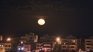 Moon_rising_over_Mellieha_BAR0722.jpg