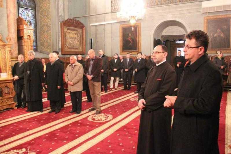 lucrarile-adunarii-eparhiale-a-arhiepiscopiei-ramnicului