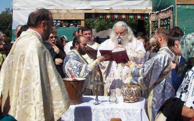o-noua-biserica-pentru-credinciosii-parohiei