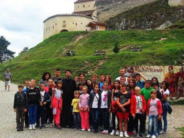 excursie-gratuita-pentru-tineri-organizata-de