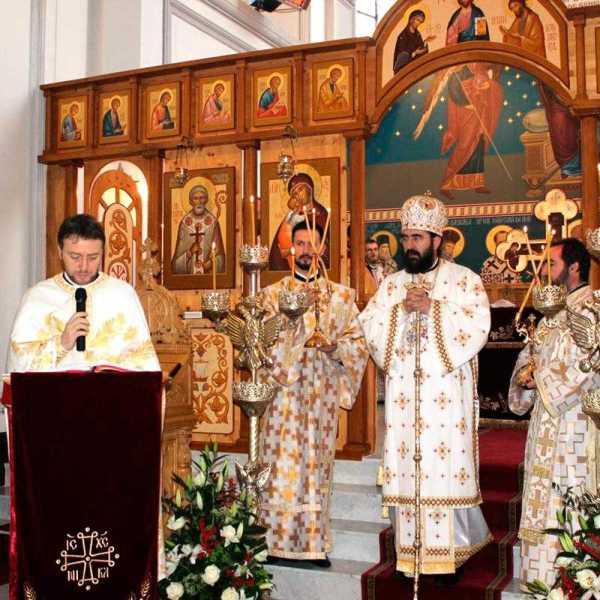 a-fost-sfintita-biserica-romaneasca-din