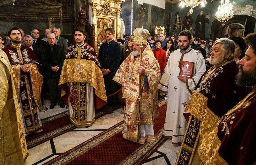 biserica-icoanei-si-a-serbat-hramul