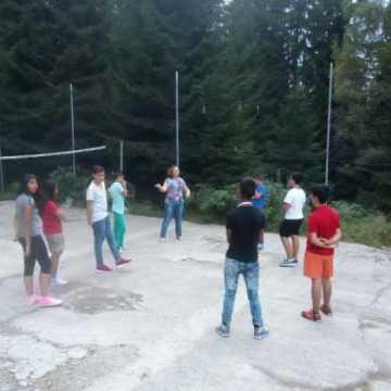 tabără-păltiniş-1-560x420