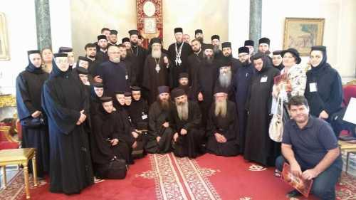 credinciosi-din-arhiepiscopia-ramnicului-in-pelerinaj-la-locurile-sfinte