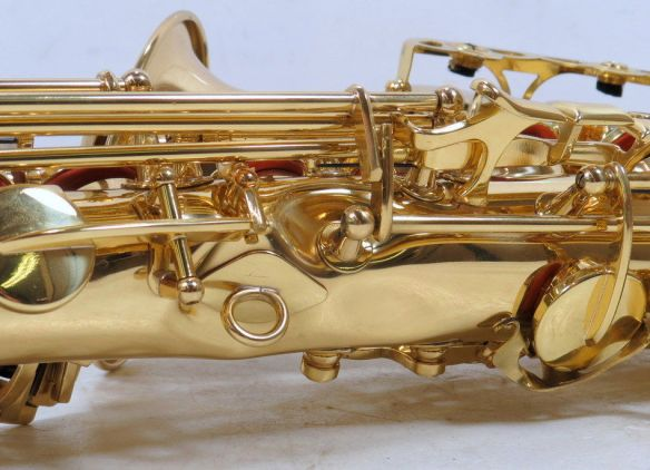 alto saxophone, severely damaged saxophone, how to buy a used saxophone