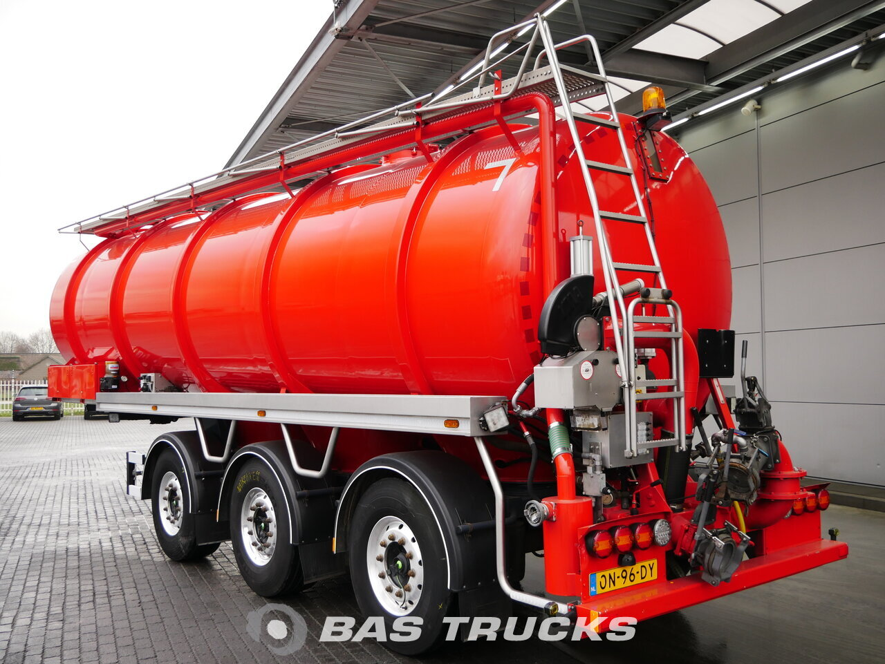 D Tec For Sale At Bas Trucks D Tec Vtt 01 Mesttank Gps Monster Pomp Stuuras Liftas 01 2014