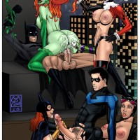 Batman and Nightwing are fucked up... by bad girls of Gotham!
