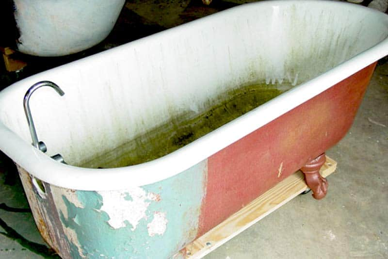 Bathtub Refinishing Damage Cost Guide Bathrenovationhq