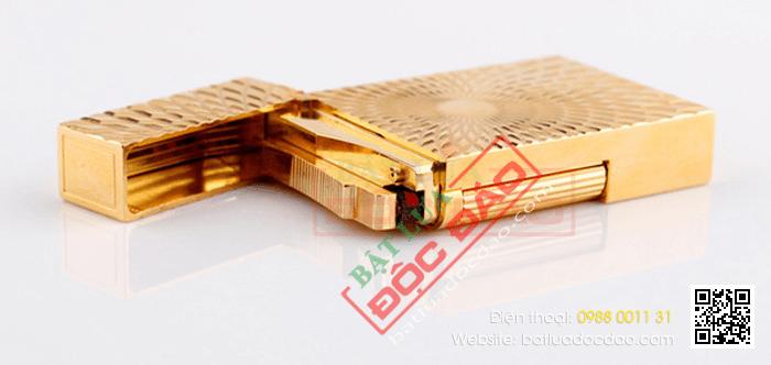 Bật lửa S.T.Dupont màu vàng hoa văn mặt trời - Mã SP: BLD108