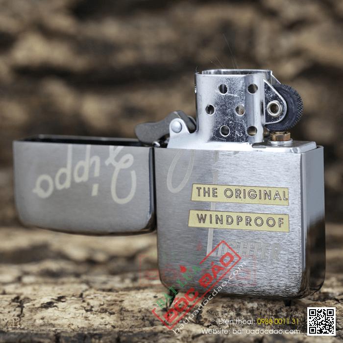 Bật lửa Zippo Mỹ khắc chữ Zippo Windproof - Mã SP: Z060