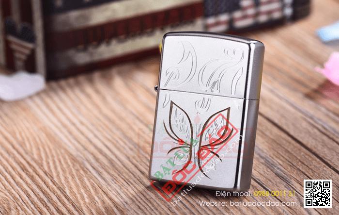 Bật lửa Zippo Mỹ màu bạc in hình con bướm vàng - Mã SP: Z103