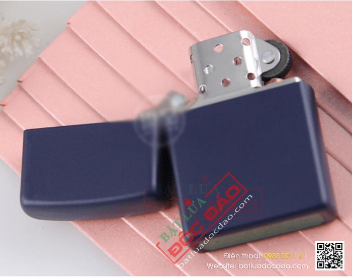 Bật lửa Zippo Mỹ màu xanh tím than - Mã SP: Z114