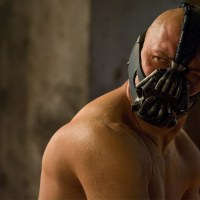 Tom Hardy wants to play Bane again and beat up Batman and Superman (video)