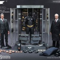 Hot Toys Batman Armory with Bruce Wayne and Alfred review