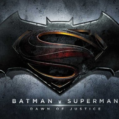 'Batman v Superman' pre-sale tickets on par with 'The Dark Knight Rises'